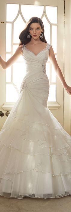 The Sophia Tolli Spring 2016 Wedding Dress Collection - Style No. Y11647 -Thema #organzaweddingdress