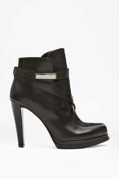 SERENA STRAPPY LEATHER BOOTS | French Connection | Ankle Boots