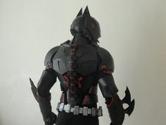 awesome-batman-beyond-cosplay-shows-true-craftsmanship1