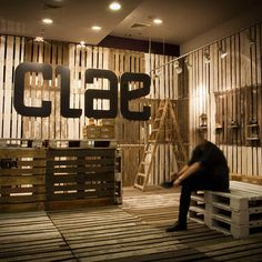 CLae!Poznań-based practice mode:lina have recently completed a new Pop-up shop for CLAE footwear at the Galeria Malta in Poznań, Poland.