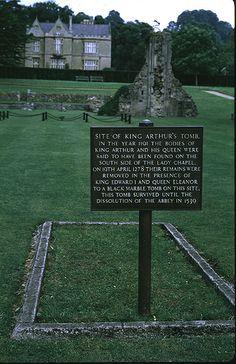 Glastonbury-abbey-ext-004-S.JPG (388×600)