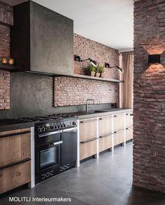 New MOLITLI kitchen! Soon online  #kitchen #kitchendesign #designkitchen #brickwall #concretefloor #wood #betonstuc #concretekitchen #woodenkitchen #lights #stove #falcon #interiordesign #interior4u #styling #cooking #kitcheninspiration #bymolitli