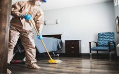 The laminate floor can be carved to fit the irregular floor. The study conducted by Catalina Research states that the use of laminating floors has increased by 5% How To Clean Laminate Flooring, Best Vacuum, Floors, Home Appliances, Carving, Study, Cleaning, Fit, Home Tiles