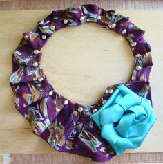 Eco-Chic Repurposed Necktie Bib Collar Statement Necklace on SALE! Scarf Display, Old Ties, Tie Crafts, Diy Scarf, Women Ties, Recycled Fashion, Scarf Jewelry, Diy Fashion, Neck Ties