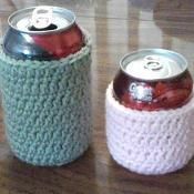 Can Cozy for 8 oz and 12 oz cans - via @Craftsy