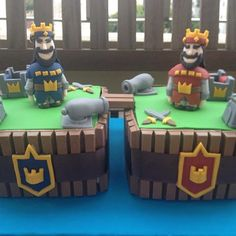 Could use KitKats for edges and buy figures for top? Kids Sleepover, Sleepover Birthday Parties, Boy Birthday, Birthday Cakes, Bolo Clash Royale, Bolo Fack, Royal Cakes, Royal Party, Ideas Para Fiestas