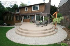 Low Elevation Rounded Deck with Pavers