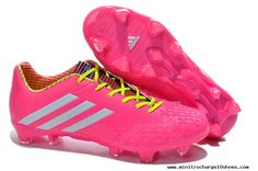 Love wish they had these when I played! Adidas Soccer Shoes, Adidas Football, Football Shoes, Nike Soccer, Adidas Gazelle, Adidas Predator Lz, Trx, Cheap Soccer Cleats, White Slime