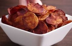 Be the center of the party with these potato chips in 4 ways - Rezepte - Potatoes Recipes Low Carb Vegetarian Recipes, Healthy Recipes, Healthy Snacks, Healthy Eating, Healthy Cooking, Homemade Chips, Homemade Bbq, Potato Recipes, Snack Recipes