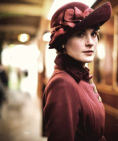 i love the hats of downton abbey