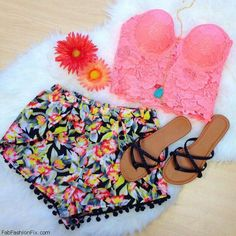 Style Guide: How to wear the bustier top this summer? - Fab Fashion Fix Cute Summer Outfits, Spring Outfits, Cute Outfits, Summer Shorts, Short Outfits, Boho Outfits, Casual Outfits, Teen Fashion, Love Fashion