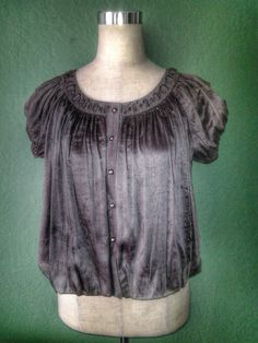 NEW CUE OLIVE GRAY SHIMMERY 100% SILK PLEATED BELL HEM LINED LAGENLOOK BLOUSE 2 #CUE #Blouse #Any