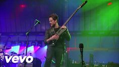 """Kings Of Leon - Closer (Live on Letterman)  """"She took my heart.. i think she took my soul.'"""