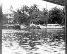 Brickell home at the mouth of the Miami River - Miami, Florida (19--?)