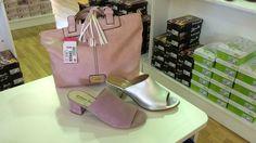 Nueva colección temporada primavera-verano 2017 mules marca Esther Méndez y bolso marca Eferri, tienda online o webshop www.zapatosparatodos.es