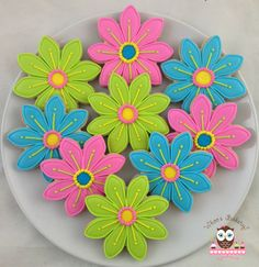 Flower cookies, colorful flower cookies, thank you present, just because present Fancy Sugar Cookies, Flower Sugar Cookies, Mother's Day Cookies, Summer Cookies, Iced Cookies, Easter Cookies, Royal Icing Cookies, Birthday Cookies, Cookie Decorating Icing