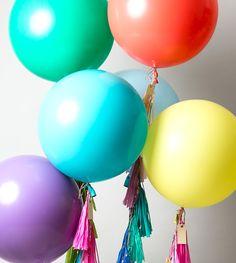 Balloon Tassel, Balloon Arch, Big Round Balloons, Birthday Pins, Son Luna, Summer Bbq, Latex Balloons, My Little Pony, Garland