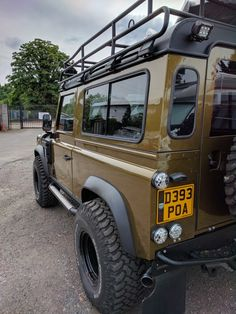 Land Rover Defender 110, Defender 90, Landrover Defender, Jeep Cars, Jeep Truck, Best Suv Cars, 4x4 Wheels, Off Road Camping, Bug Out Vehicle
