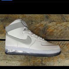 Nike Air Force One High Air  Max QS