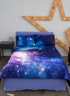 Out of this world Galaxy bedding set. Perfect for a kids room, tweens room, or teens room. Kids Bedroom Sets, Room Ideas Bedroom, Bedroom Themes, Bedroom Decor, Galaxy Bedroom Ideas, Bedrooms, Best Bedding Sets, Luxury Bedding Sets, Comforter Sets