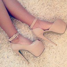 LOVE! ;D  #HighHeels #Style