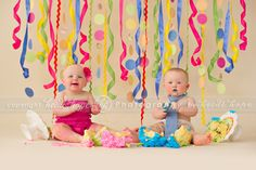 Super cute set up for twins and a cake smash  http://www.heidihope.com/blog/the-h-twins-rhose-island-first-birthday-cakesmash/
