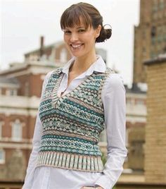 Knitting expert Eunny Jang demosthe Ivy League Vest pattern, which is a Fair Isle knitted colorwork pattern. Learn how to fair isle knit in her video!