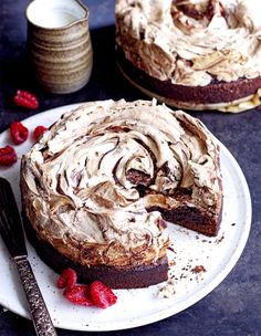 Gourmet Food Gifts, Gourmet Recipes, Baking Recipes, Cake Recipes, Dessert Recipes, Yummy Treats, Delicious Desserts, Sweet Treats, Pavlova