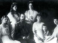 Russia exhumes Czar Nicholas II, 1918 murder case reopened