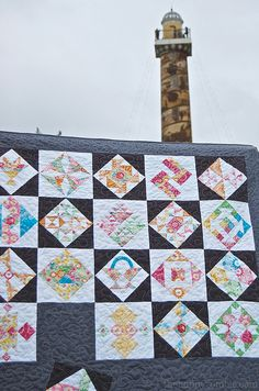 Farmers Wife Quilt - set on point with a solid