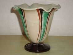 KÄHLER. År ca./year about 1950s. Sign: HAK. From www.klitgaarden.net. #Kahler #HAK #keramik #ceramics #pottery #danishdesign #nordicdesign #klitgaarden. SOLGT/SOLD.