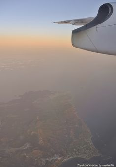 Ξημέρωμα πάνω απο την Σκύρο πετώντας με την Olympic Air γιά την Λήμνο.