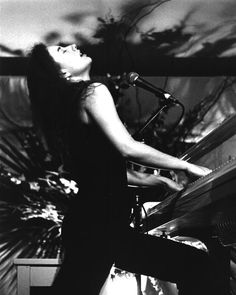 Tori Amos... one of the best piano players of all time
