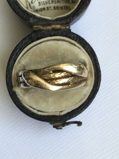 An Gold Snake Ring, Serpent, Victorian by mitaineshop on Etsy Snake Ring, Antique Jewellery, 18k Gold, Buy And Sell, Victorian, Antiques, Rings, Handmade, Stuff To Buy