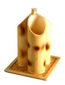 Resultado de imagem para bamboo crafts Bamboo Planter, Bamboo Crafts, Coasters, Bamboo Ideas, Diy, Kerala, Container, Gardens, Image
