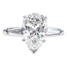 Platinum Diamond Rings, Vintage Diamond Rings, Diamond Cuts, Engagement Ring Shapes, Platinum Engagement Rings, Baguette, Pear Shaped Diamond, Pear Diamond, Solitaire Ring