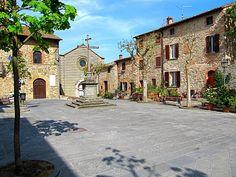 palazzo-municipale-lucignano.jpg (1600×1200)