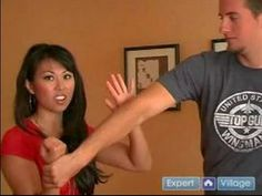 Self Defense Tips & Techniques for Women : How to do a Wrist Release Move in Women's Self Defense - I tried to practice these with my husband as my partner, and they really work! Self Defense Moves, Self Defense Techniques, Survival Tips, Survival Skills, Taekwondo, Damsel In Defense, How To Defend Yourself, Home Defense, Aikido