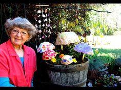 Hypertufa Mosaic Mushrooms Garden Decorations In Ga. April 8 2017 Hypertufa Mosaic Mushrooms Garden Decorations In Ga. This video is making Mosaic mushrooms from Hypertufa while we are having rain … source Cement Art, Cement Crafts, Concrete Garden Ornaments, Mushroom Paint, Concrete Leaves, Garden Mushrooms, Mosaic Flower Pots, Portland Cement, Diy Painting