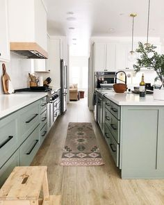 kitchen remodel before and after & kitchen remodel . kitchen remodel on a budget . kitchen remodel before and after . kitchen remodel with island . Home Decor Kitchen, New Kitchen, Home Kitchens, Small Kitchens, Kitchen Layout, Kitchen Colors, Kitchen Ideas, Narrow Kitchen, Kitchen Updates