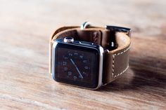 Leather Card Wallet Front Pocket Wallet Gift Ideas for by JooJoobs Personalized Leather Wallet, Handmade Leather Wallet, Leather Card Wallet, Wallets For Women Leather, Leather Men, Macho Alfa, Apple Watch Wristbands, Apple Watch Leather Strap, Apple Watch Bands 42mm
