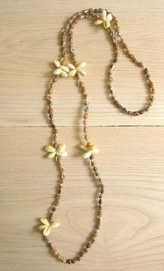 Vintage natural shell necklace. Tropical shell by SwanDiveVintage, $10.00