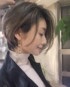 42 Ideas hair styles professional short for 2019 Hair Inspo, Hair Inspiration, Cabello Hair, Shot Hair Styles, Corte Y Color, Haircut And Color, Super Hair, Short Bob Hairstyles, Haircuts