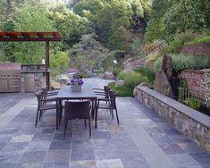 mur-soutènement-construction-idées-jardin-terrasse-pierre-maçonnerie
