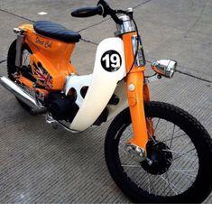 Honda Cub, C90 Honda, Motos Honda, Honda Bikes, Honda Motorcycles, Custom Bobber, Custom Bikes, Trike Motorcycle, Dirtbikes