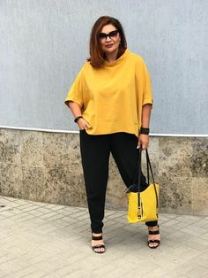 Trendy Fashion Clothes Women Winter Plus Size Chubby Fashion, Mature Fashion, Plus Size Fashion For Women, Plus Size Womens Clothing, Size Clothing, Clothes For Women, Plus Fashion, Woman Clothing, Clothing Ideas
