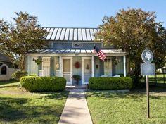 Blue Cottage Fredericksburg Texas