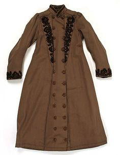 """Circa 1887 child's wool coat, French. Label: """"Maison Georges, Chausee d'Antin 29, Paris."""" Via MMA."""