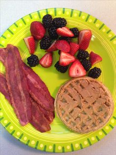 21 DAY FIX - breakfast - 1 yellow (whole wheat waffle), 1 red (4 slices turkey bacon), 1 purple (mixed berries), and 1 tsp peanut butter on waffle