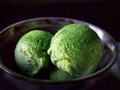 Receta de El Mejor Helado de Té Verde | Esta es la receta japonesa para preparar un delicioso helado de té verde que contiene una gran cantidad de antioxidantes que te ayudan a mantenerte joven y con buena salud.